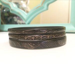 Jewelry - Black Metal Gold Tone Engraved Bangle Bracelets